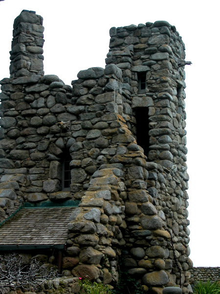 Robinson Jeffers Hawk Tower, Tor House, Carmel, CA 2008 Photo by Celeste Davison (Public Domain).